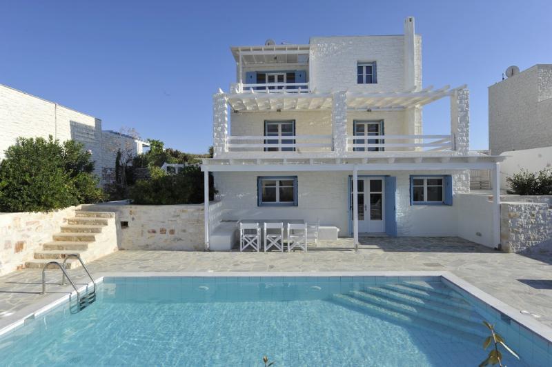 Exterior - Blue Villas | Alcyone | Luxury Villa in Paros - Naoussa - rentals