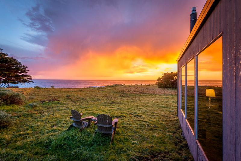 Sit with me to toast another beautiful day at Abalone Bay - Perched on a Bluff - Romantic Oceanview Home - Sea Ranch - rentals