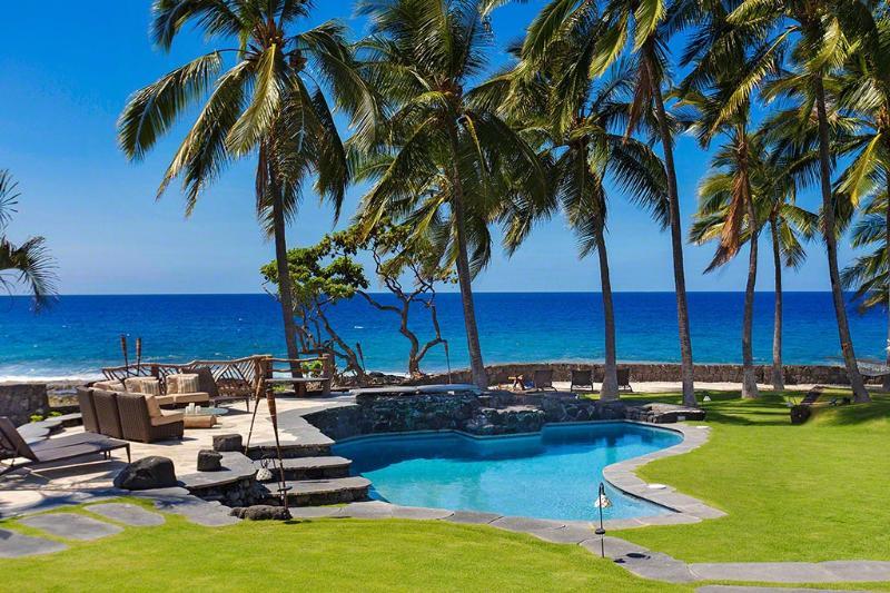 Newly Remodeled Oceanfront Luxury Villa - Image 1 - Kailua-Kona - rentals