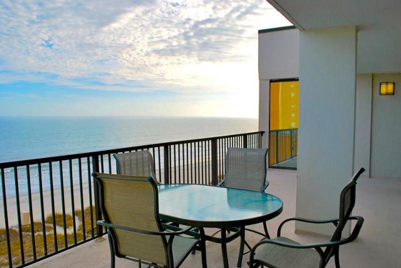Oceanfront Penthouse 3 bedroom, Luxury! - Image 1 - Myrtle Beach - rentals