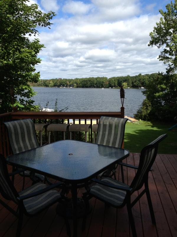 outdoor dining - Best of Both Worlds Lakefront Retreat - Pullman - rentals