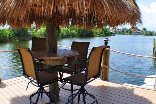 Villa Lista - NEW, Salt Water Pool & Spa, Tiki Hut - Image 1 - Cape Coral - rentals
