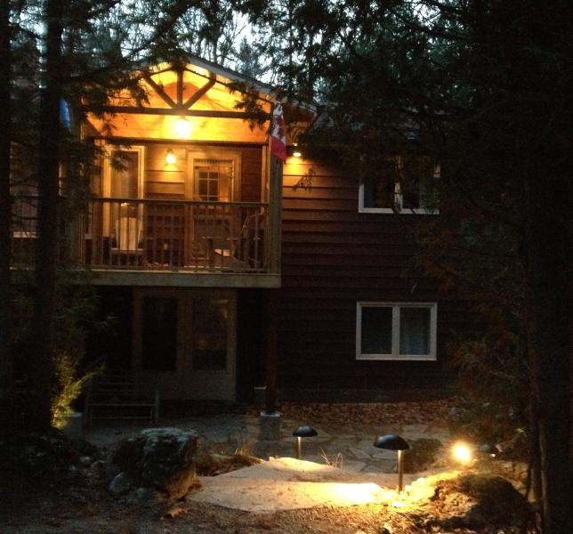 Spacious Southcott Pines Family Rental Cottage - Image 1 - Grand Bend - rentals