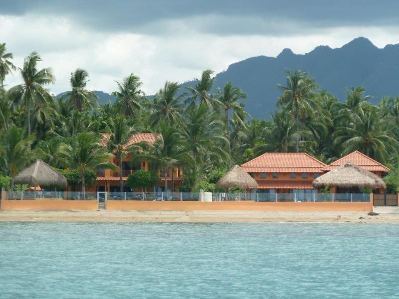 The Cebu Beach House and Villa - Luxury Cebu Beach House in Cebu, Philippines - Danao City - rentals