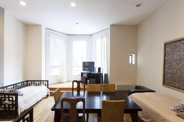 Stay off Park Avenue, in this 2 Bed 2 Bath - Image 1 - Manhattan - rentals