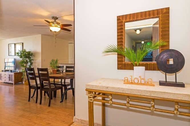 Totally Remodeled Free Parking Waikiki Lanais 2 Bdrm - Image 1 - Honolulu - rentals