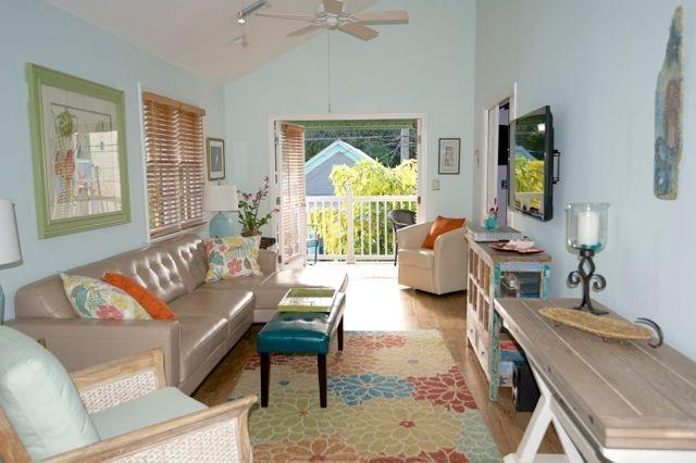 My Living Room at A Touch of Paradise - A Touch of Paradise...Key West, pool & near beach - Key West - rentals
