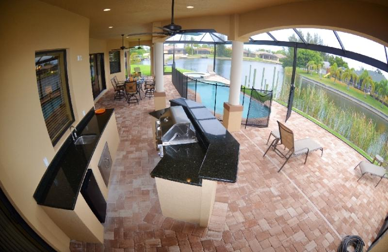 BRAND NEW Gulf Access Luxury Home, POOL, SPA,Summer Kitchen SW Cape - GULF-Access,NEW-Build, Luxury home,Pool-SPA - Cape Coral - rentals