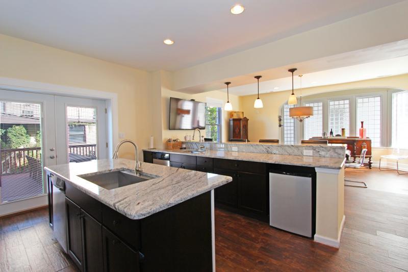 11 bedroom Ocean-Block Home in Atlantic City! - Image 1 - Atlantic City - rentals