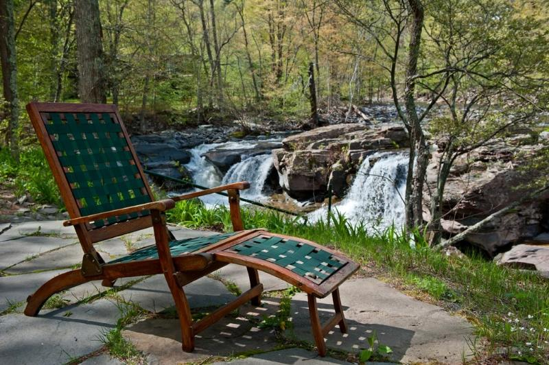 Relax by the waterfalls! - Waterfall & Mountain Views,  Near Woodstock & HITS - Palenville - rentals