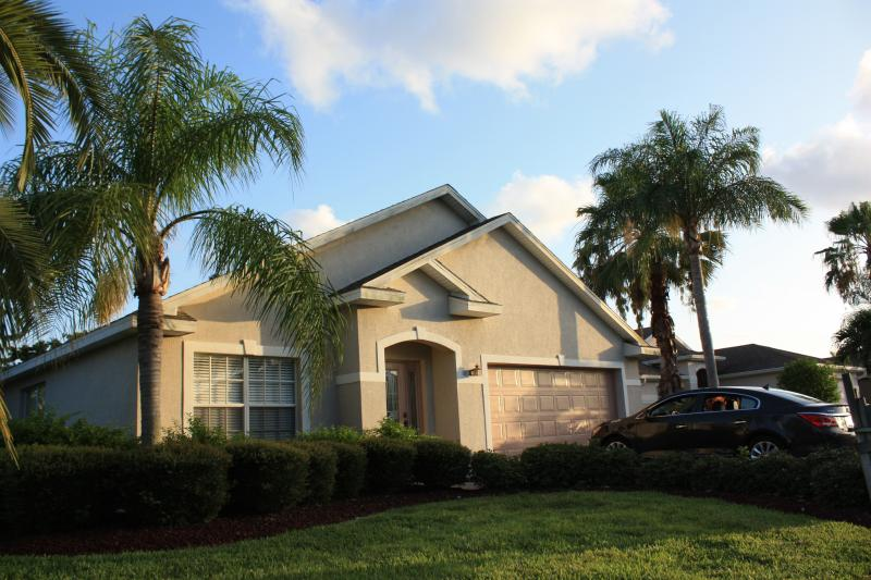 Lanai in back of home. - Gated home, minutes to Fort Myers Bch, Sanibel - Fort Myers - rentals