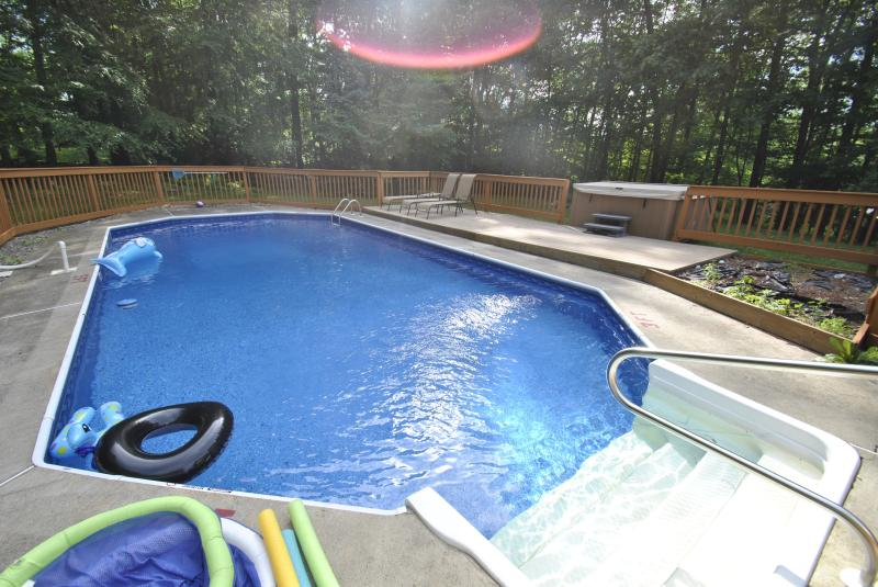 No diving here, but it is as clear as the ocean is blue! - Prestige & Glamour Pool Home W/Hot Tub in Town - East Stroudsburg - rentals