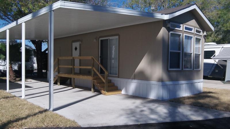 1 Bedroom Cottage on 55+ Resort in Alamo - Image 1 - Alamo - rentals