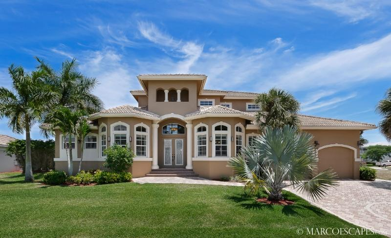 CASA DEL MAR - 5 Bedroom Estate Near the Beach !! - Image 1 - Marco Island - rentals