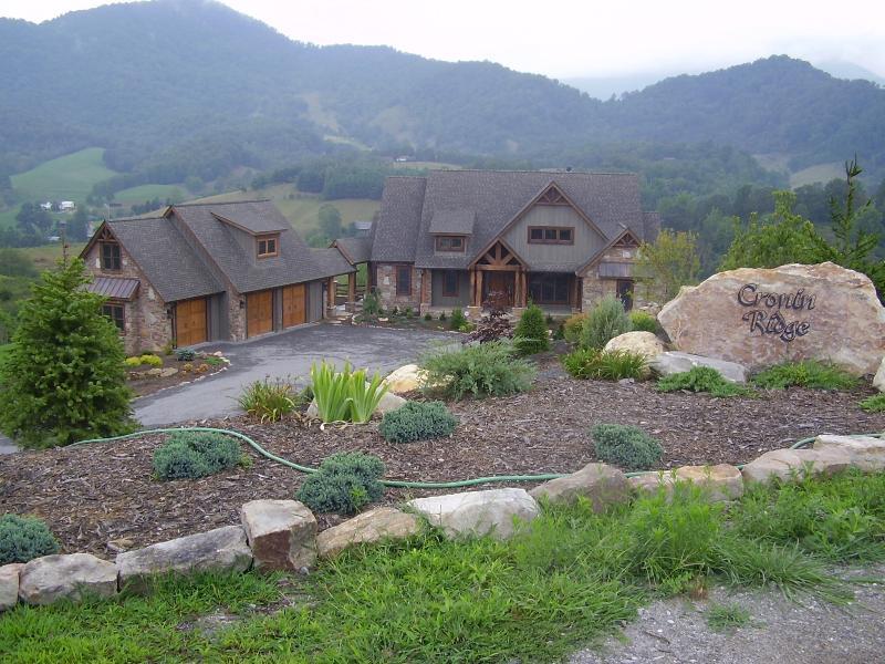 """The Mountain Top Big House"" - Image 1 - Waynesville - rentals"