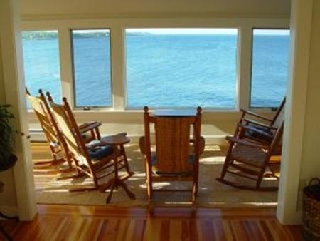 Maine Coast Cottage with Magnificent View - Image 1 - Cape Neddick - rentals