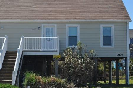 """Seas the Moment"" North Topsail Beach, 2 Bedroom,  Very Roomy, Close to Beach - ""Seas the Moment"" North Topsail Island - North Topsail Beach - rentals"