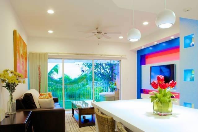 PENTHOUSE IN GRACE BAY - Image 1 - Leeward - rentals