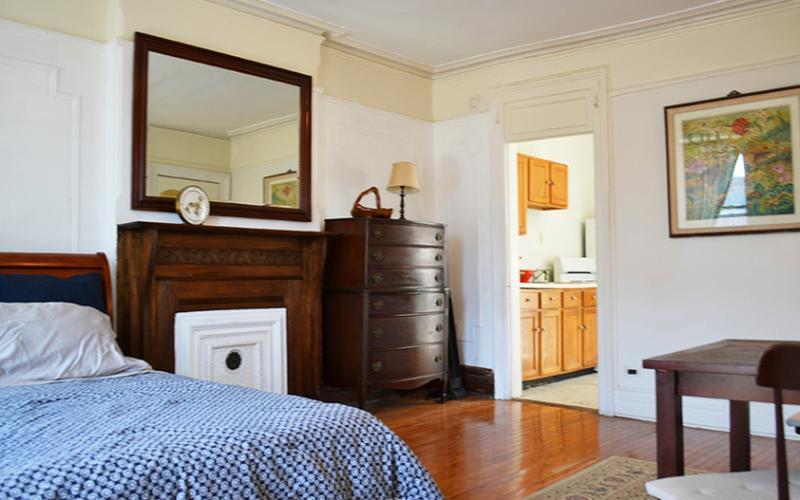Main Bedroom -Antique Fireplace - Spacious Two Bedroom Brownstone Townhouse Apartmen - Brooklyn - rentals