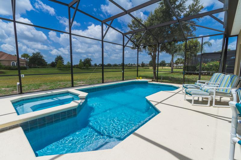 New 5 Star Villa, All Day Sun, No Rear Neighbours - Image 1 - Davenport - rentals