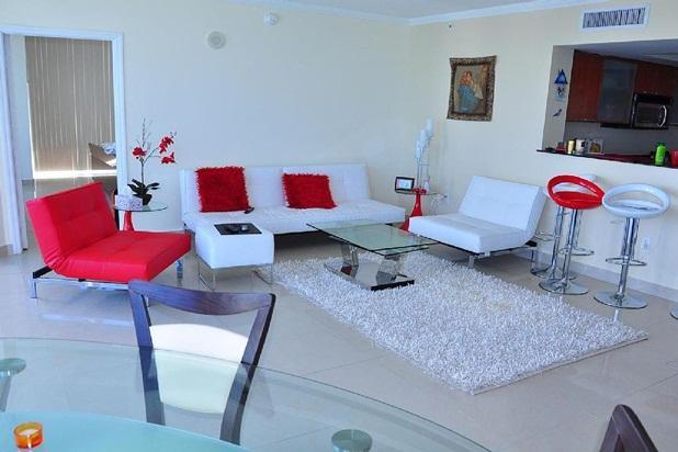 Amazing Ocean Front Condo - Image 1 - Sunny Isles Beach - rentals