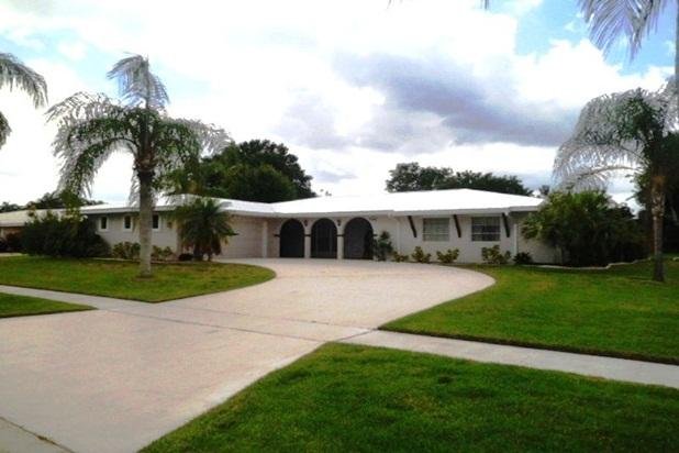 Villa Adair - A Very Nice Villa of 2206 Sq.Ft Fully Renovated - Port Saint Lucie - rentals
