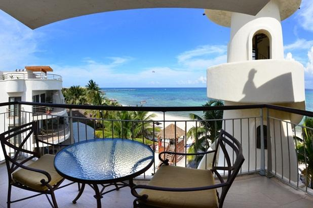 Honeymoon Penthouse, One Bedroom Oceanfront Condo - Image 1 - Playa del Carmen - rentals