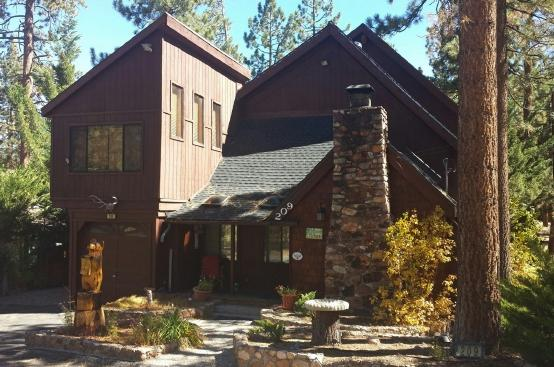 Sleeps 16 - Big Bear Lake, CA - 6BR/3BA - Image 1 - Big Bear Lake - rentals