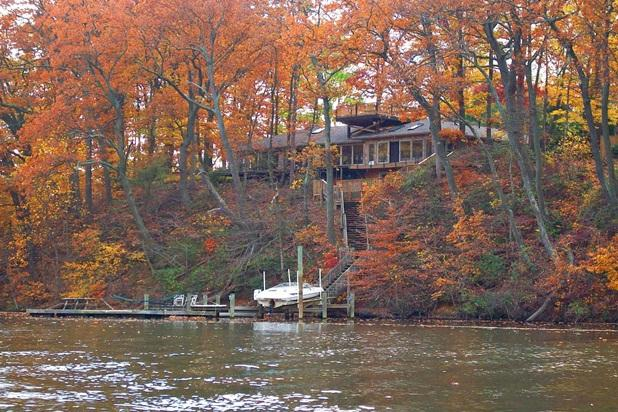 "enjoy the fall foliage from the water w/ private pier & 40"" flaoting dock - Amazing Waterfront Annapolis & easy walk downtown - Annapolis - rentals"