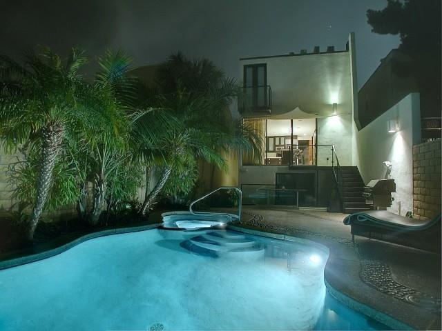 Gorgeous heated pool and spa - Designer Bay Park Ocean View Home  Pool & Spa - San Diego - rentals