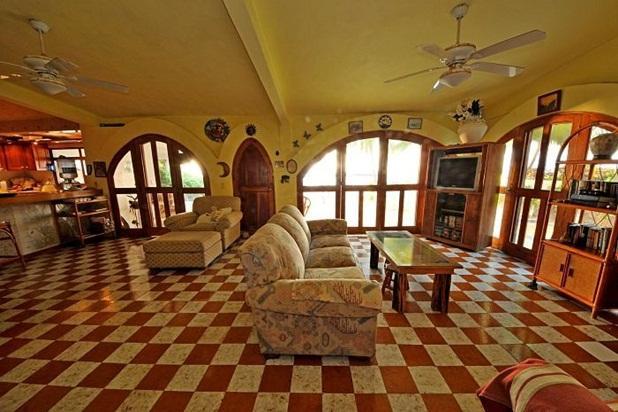 3-Bedroom & 3-Bathroom B&B or self catering house - Image 1 - Playa Blanca - rentals