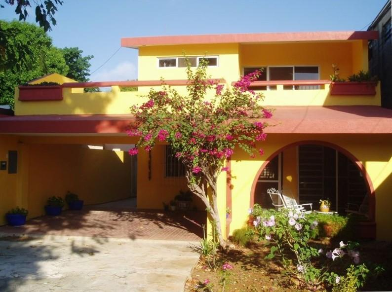 Front of house - Comfortable Bed & Breakfast with Delicious Food - Merida - rentals