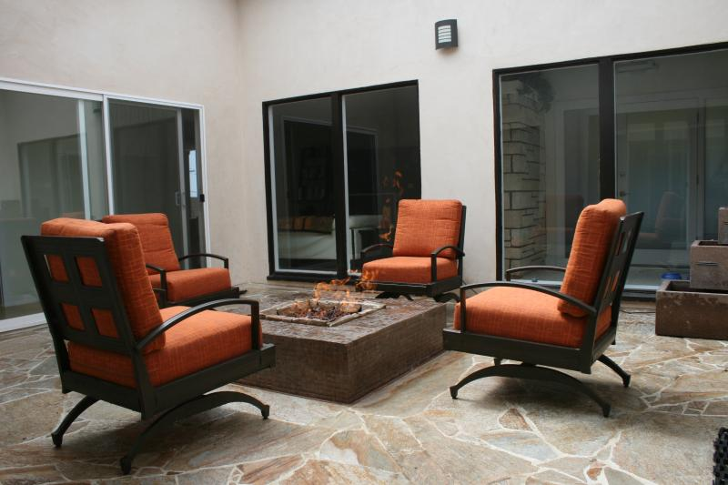Atrium with fire-pit and water fountain. - DANA POINT MASTER ROOM PARADISE - Dana Point - rentals