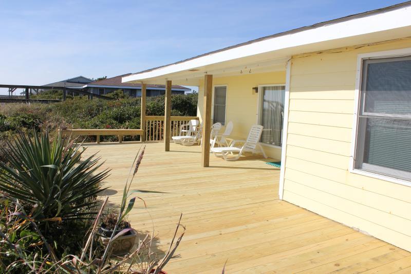 Ocean front deck - Ocean Front Home, 6 Bedrooms, Pet Friendly - Holly Ridge - rentals