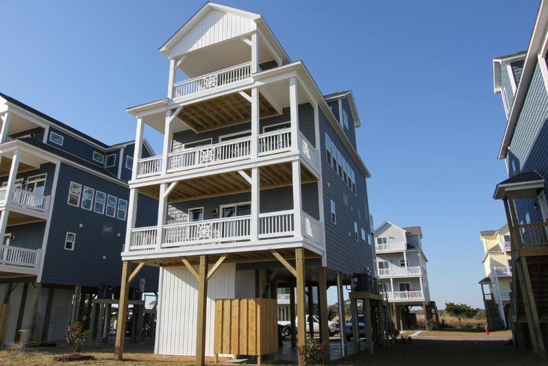 Sea-La-Vie - Community Pool, Pet Friendly, Water Views! - North Topsail Beach - rentals