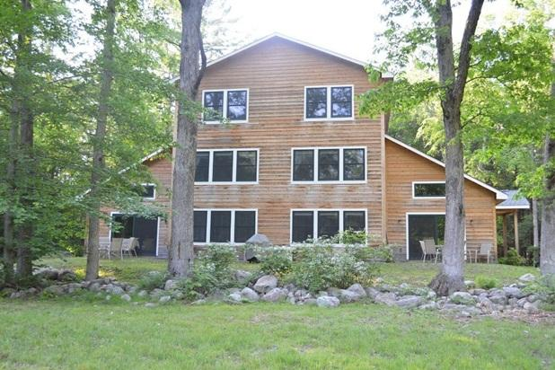 South side of vacation home. - Incredible Newly-Built 6 Bedroom Dream Escape - Pine Bush - rentals