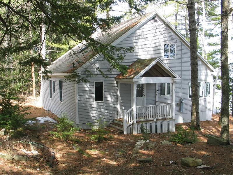 Sunrise Retreat - Lakefront Cottage on Long Lake - Image 1 - Bridgton - rentals