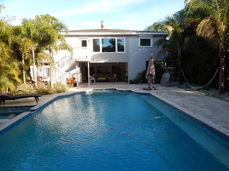 Tropical backyard! - Don Cesar, central island living on the water! - Saint Pete Beach - rentals
