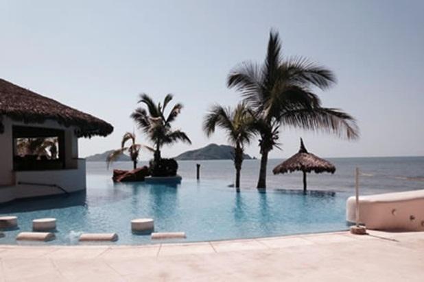 Paraiso Costa Bonita - Luxury Beach-front Condo - Image 1 - Mazatlan - rentals