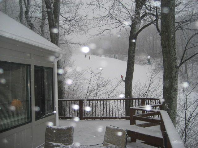 Cozy Ski Cottage--Ski in Ski Out - Image 1 - Wintergreen - rentals