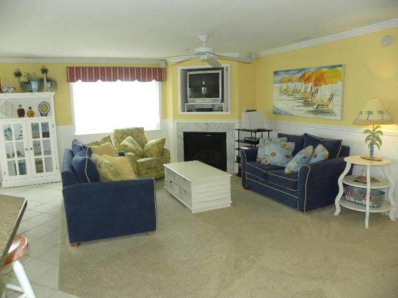 Exceptional find! Very Spacious 3 Bedroom 3 Bath Condo in The Avalon! - Beautifully Decorated 3 Bedroom 3 Bath Condo - Ocean City - rentals
