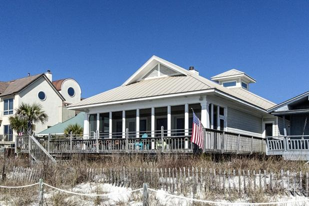 "Back Porch - ""Janey's Beach House"" Great Beach Front House. - Panama City - rentals"