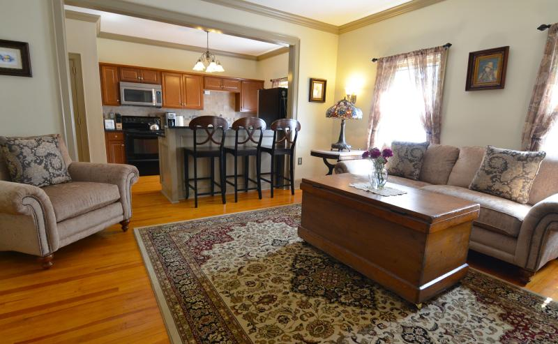 Two Bedroom apartment in Saratoga Springs - Image 1 - Saratoga Springs - rentals