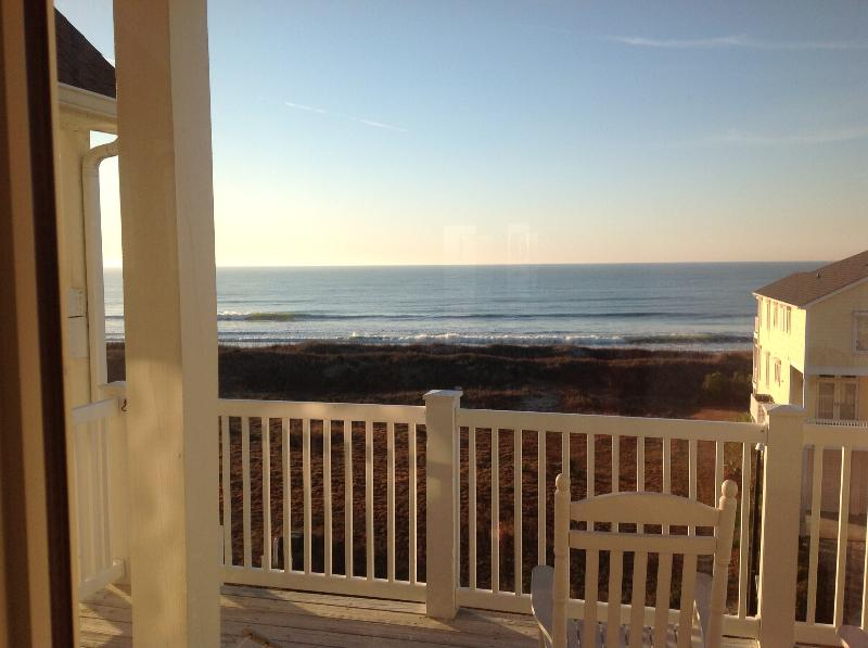 Ocean view penthouse villa 200 FT to beach - Image 1 - Ocean Isle Beach - rentals