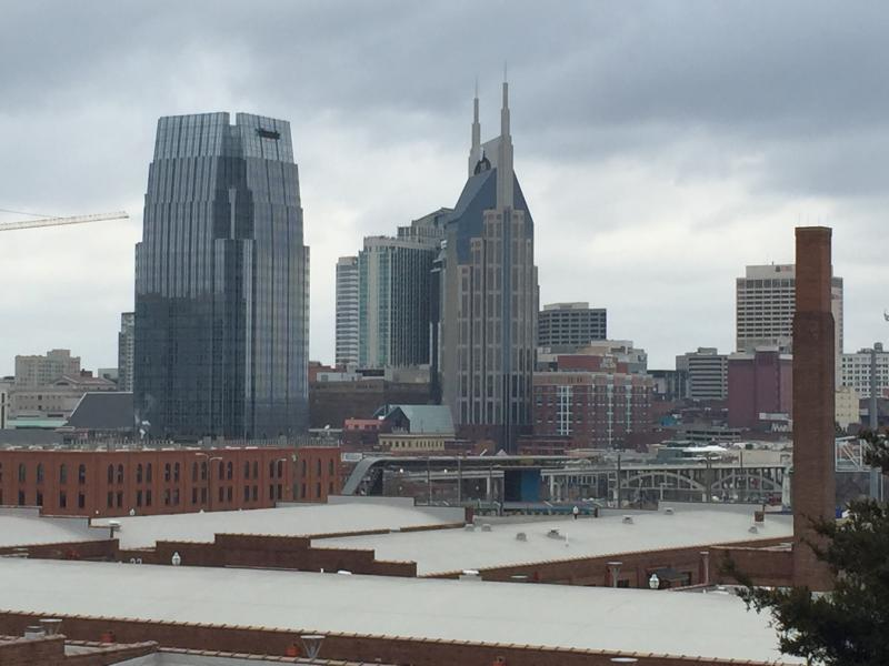 Direct views of the entire city from this historic building! - Luxurious Downtown 1 Bedroom on top floor! - Nashville - rentals