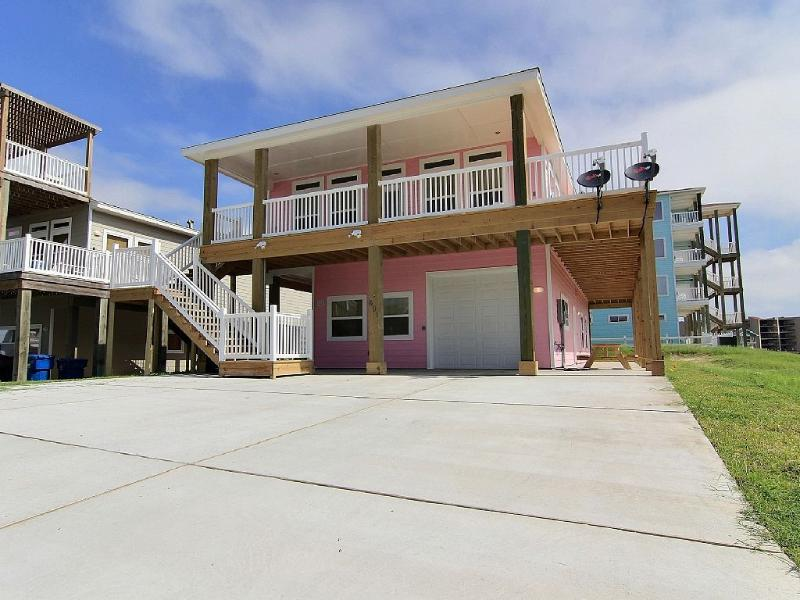 New Ocean View 5 Bedroom 4 Bath Home in Sand Point - Image 1 - Port Aransas - rentals