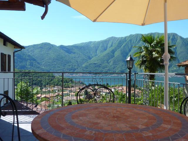Vista Stupenda Terrazzo - Image 1 - Lenno - rentals