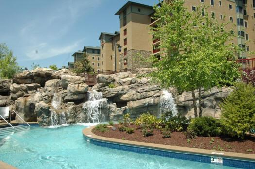 Riverstone condo 2 bedroom located in 3rd blding - Image 1 - Pigeon Forge - rentals