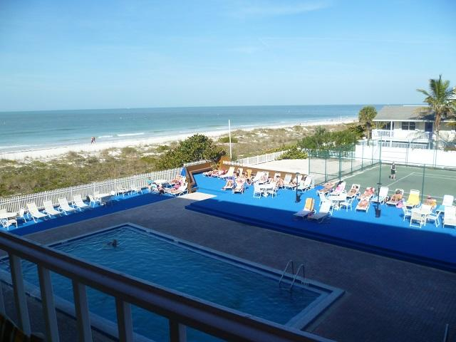 GREAT 3BR's COMPLETELY RE-MODELLE BEACH FRONT HOME - Image 1 - Indian Rocks Beach - rentals