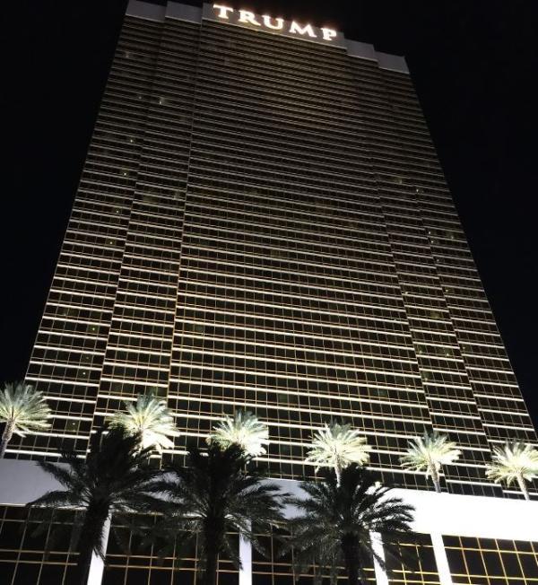 Hotel Front View - Fabulous Trump Las Vegas - Las Vegas - rentals